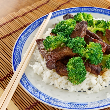chinese beef and broccoli on rice