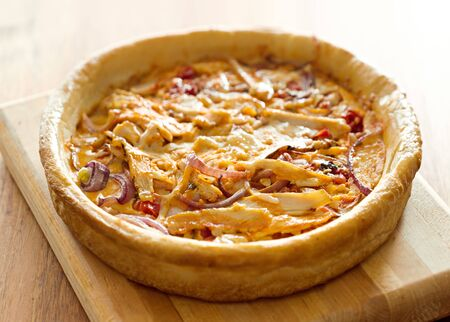 chicago style deep dish pizza with buffalo chicken Banque d'images