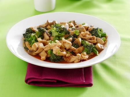 brocoli: chinese food - chicken and broccoli stir fry Stock Photo
