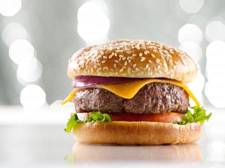 juicy: cheeseburger