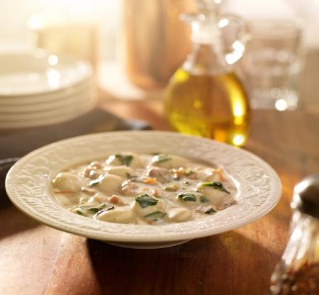 cebollin: Pollo y ñoquis de harina de sopa