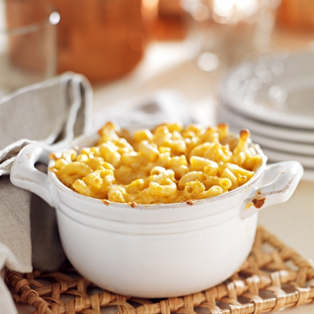bowl of baked macaroni and cheese