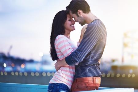 pärchen: romantisches Paar in der Nähe von Santa Monica Pier