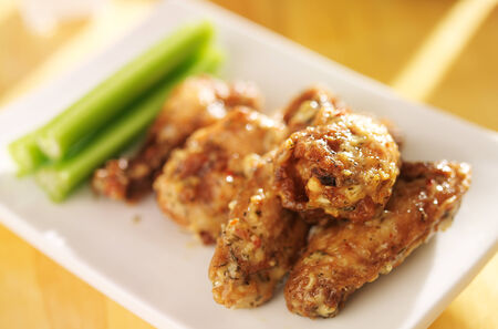 chicken wing: zesty garlic parmesan chicken wings Stock Photo