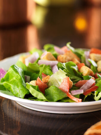 croutons: salad with lettuce, tomato and croutons Stock Photo