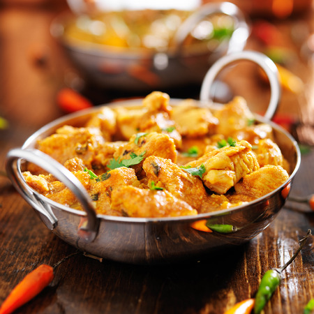 indian chicken curry in balti dish 免版税图像