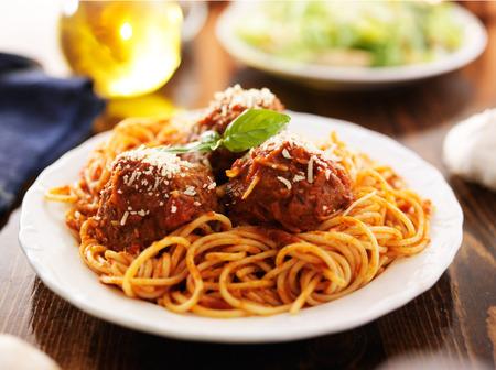 spaghetti and meatballs dinner photo