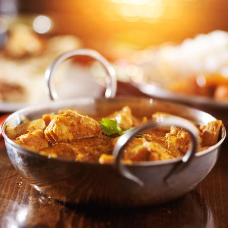 バスマティ米とインドのバターチキン カレー 写真素材