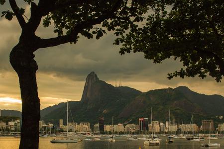 Rio de Janeiro, Brazil - January 04, 2019: Urca beach at sunset in the neighborhood of Urca near Pao de Acucar mountain. Redakční