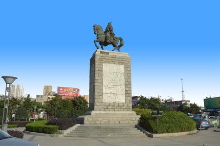 liu: Statue of Liu An at Huainan