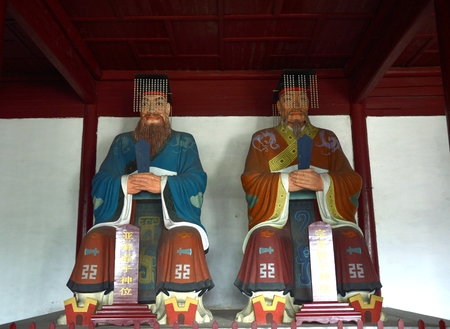 ancients: Sculpture in the Tongcheng Temple