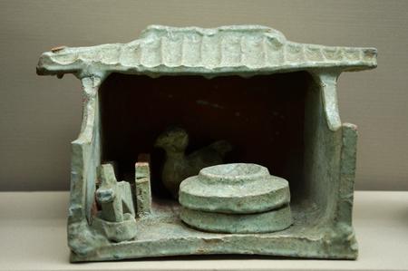 dynasty: Han dynasty green glazed pottery cottage
