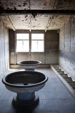 sachsenhausen: Docce in una baracca nel Terzo Reich campo di concentramento di Sachsenhausen, vicino a Berlino.