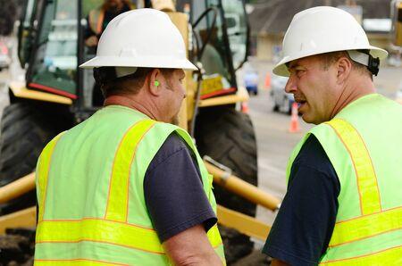 公共事業監督 exchavation ホールでハーバード大学 ave でローズバーグまたは 12 インチ水道本管障害を修復するには
