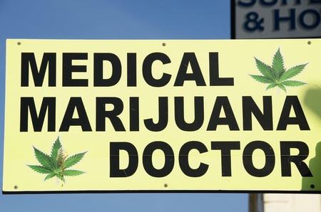 カリフォルニア州ロサンゼルスに近いベニス ビーチにマリファナの医師 写真素材