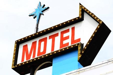 古いモーテルの看板、ホテル ローズバーグ オレゴンで取り壊されるすぐに 写真素材