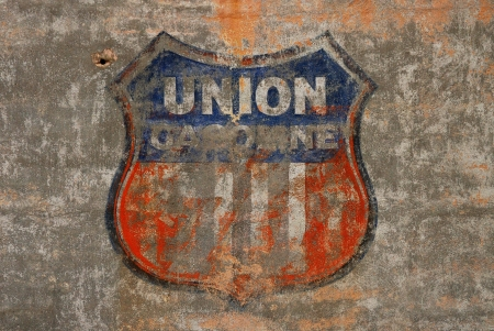 Old Union Gasoline Mural on the side of the Mid Oregon Printing building on SE Stephens in Downtown Roseburg Oregon Stock Photo - 13636110