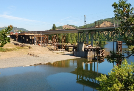 Preparing the deck supports on the North side of the river on the Southbound portion of the Interstate 5 Shady Bridge project  Stock Photo - 13731297