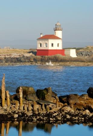 coquille: Coquille River Lighthouse, chiamata anche Luce Bandon, in Bullard Beach State Park. Costruito nel 1896, Archivio Fotografico