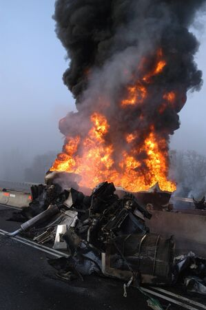 Truck carrying 10,000 gals of fuel wrecked into construction divider, Roseburg OR, Driver survived Stock Photo - 16516668