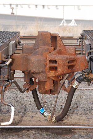 鉄道 Emerg 棚 2 つの鉄道車のカプラーの処理