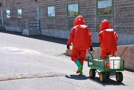 amoniaco: Klamath Falls Shoot for Haz Mat fuga de amoníaco Outreach vídeo simulado en una instalación con una entrada de nivel