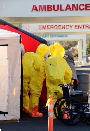 hazardous material team: Hazardous materials response to a hospital were contaminated victims showed at the ER entrance (drill)