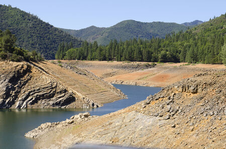 Shasta Lake shows the water drought crisis occuring in California with very low water levels
