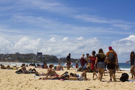 People at Manly beach in Sydney Banco de Imagens - 104797999