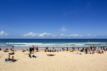 People on Australian beach Banco de Imagens - 104798001