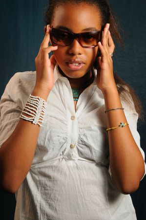 Portrait of young african american fashion woman with sunglasses Stock Photo - 3755330