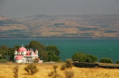 イスラエル北部のガリラヤ湖のほとりにカペナウムに有名なギリシャ正教会修道院。 写真素材