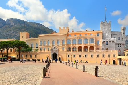 MONACO - JULY 27  Exterior view of palace - official residence of Prince of Monaco  It is one of the major tourist attraction and remains fully working palace  in Monaco on July 27, 2013  에디토리얼