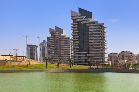 ashdod: Complex of modern residential building and artificial lake in city park in Ashdod, Israel