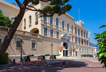 monegasque: Medieval cannons in front of Princes Palace - official residence of Prince of Monaco. Stock Photo
