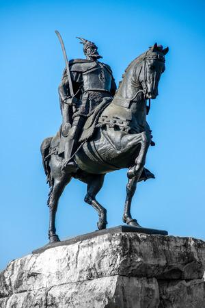 Skanderbeg monument in Tirana. Nationale Albanese held.