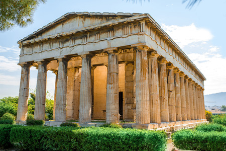 アゴラ アテネ、ギリシャのアクロポリスの近くにヘファイストス神殿 写真素材