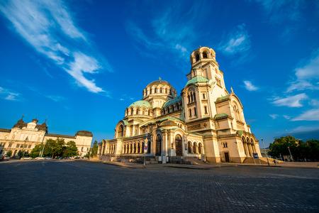 소피아, 불가리아의 수도에있는 성 알렉산더 넵 스키 대성당