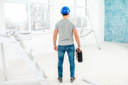 foreman: Foreman or worker in the interior