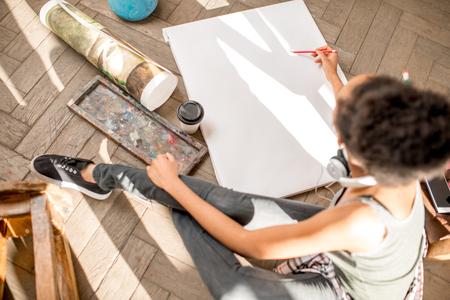 Student painting still life
