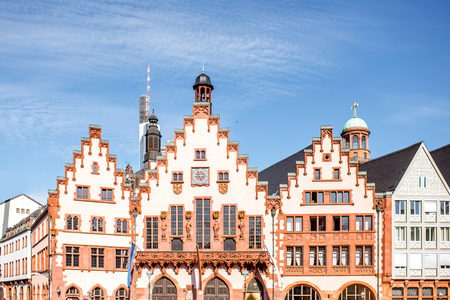 Antiguo ayuntamiento en Frankfurt Foto de archivo - 81098704