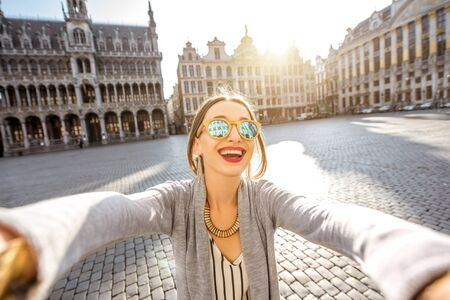 bruxelles: Woman traveling Brussels Stock Photo