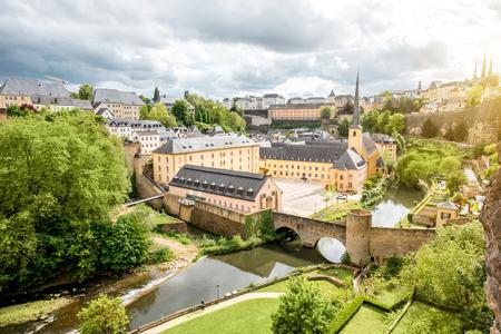 De oude stad van Luxemburg stad Stockfoto - 81454937