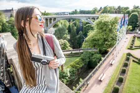 룩셈부르크 여행 여성 스톡 콘텐츠 - 81482635
