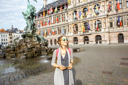 Woman traveling in Antwerpen city, Belgium 版權商用圖片