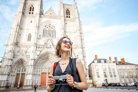 pierre: Woman traveling in Nantes city, France