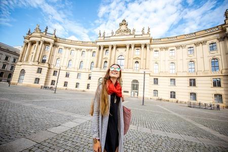 Donna che viaggia a Berlino