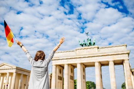 베를린에서 여행하는 여성