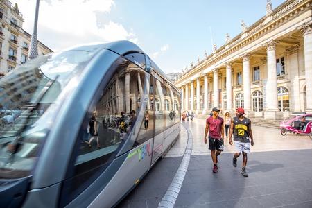 uitzicht op straat in de stad Bordeaux