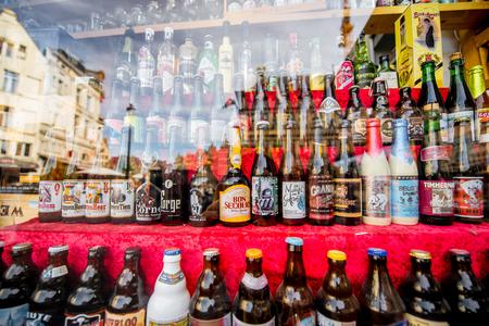 Belgian beer bottles 版權商用圖片 - 81905777